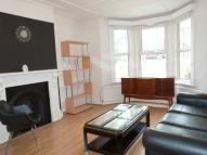 Flat to rent in Medley Road