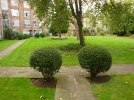Flat in Willesden Lane