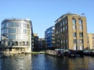 2 bed Apartment to rent in Ice wharf, New Wharf Road