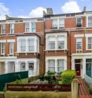 Flat to rent in Beversbrook Road