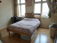 Flat to rent in Chapel Market
