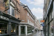 Flat in Widegate Street