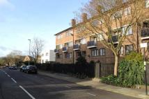 3 bed Flat to rent in Dalmeny Avenue