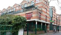 2 bedroom Flat to rent in Baynes Street