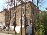 3 bedroom Flat in Hungerford Road