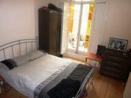 2 bed Flat in Fairmead Road