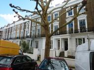 Flat to rent in Gloucester Avenue