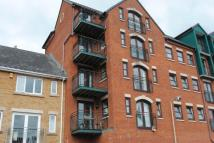 2 bed Apartment in Riverside Court...