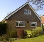 3 bedroom Detached property to rent in Woodside Lymington, SO41