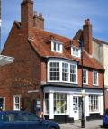 Maisonette in High Street, Lymington...