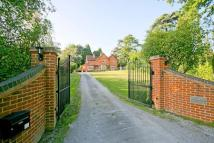 5 bedroom home to rent in Berry Lane, Worplesdon...