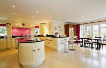 6 bed Detached property to rent in Chase Lane, Haslemere...