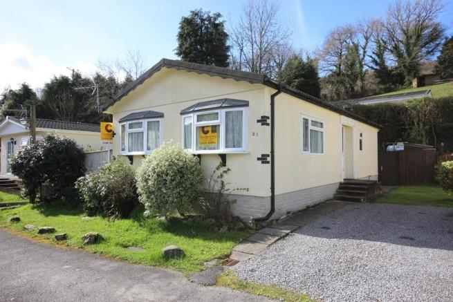 2 Bedroom Mobile Home For Sale In Ashburton Park TQ13