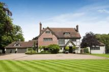9 bedroom Detached property in Totteridge Common...