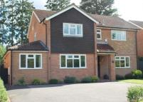 4 bed Detached home in Beech Way...