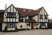 6 bed Detached house to rent in Camlet Way, Hadley Wood...