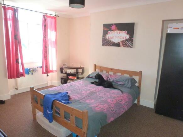 Flat B Bedroom 1