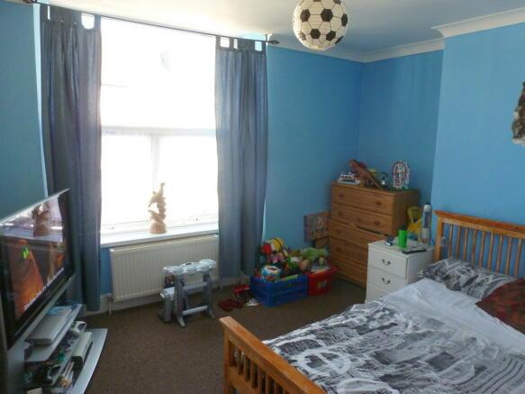 Flat B Bedroom 2