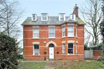 2 bed Flat in Reading Road...