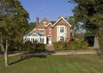 5 bedroom Detached property to rent in Five Fields Lane...