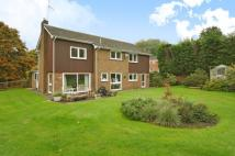 4 bedroom Detached home in West Hill Bank, Oxted...
