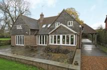 4 bed Detached property to rent in Birchen Lane...