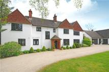 6 bed Detached property in Forest Ridge, Keston...
