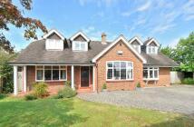 4 bed Detached home in Hadlow Road, Tonbridge...