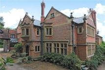 Detached property in Wolfs Hill, Oxted...