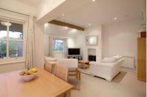 2 bedroom Apartment in Westchester, Ashley Road...