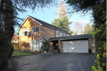 Detached home in Carrwood, Hale Barns