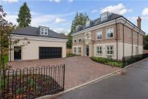 7 bed new house in Summerwood, Ascot...