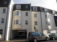 Flat to rent in Park Crescent Place...