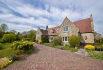 4 bedroom Detached property for sale in Locks Green, Porchfield...