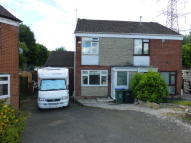 4 bed semi detached house in Ascot Close, Oldbury