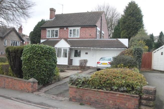 3 bedroom detached house for sale in oakham road dudley