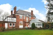 5 bed Detached house in The Avenue, Maidenhead...