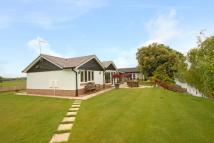 3 bed Bungalow to rent in Ham Island, Old Windsor...
