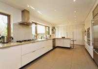 4 bed Detached home to rent in Southlea Road, Datchet...
