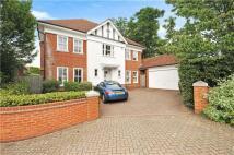 5 bedroom Detached property to rent in Queens Acre, Windsor...
