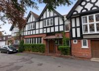 4 bedroom Terraced property to rent in Fishery Road, Maidenhead...