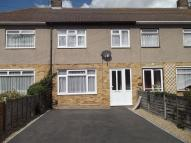 3 bedroom Terraced house in Crestway, Chatham, Kent...