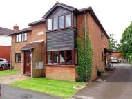 2 bedroom Ground Maisonette to rent in New Road, Netley Abbey