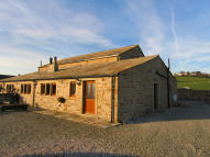 4 bed Barn Conversion in TODMORDEN ROAD, Burnley...