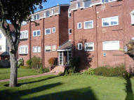 2 bedroom Flat in Redstone Park, Wallasey...
