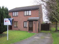 2 bedroom semi detached property to rent in 23 Cranleigh Way...