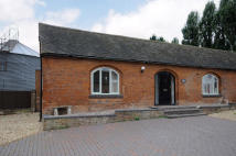 1 bed Barn Conversion to rent in Farewell Hall Mews...