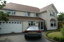 4 bed Detached home in Hall Road East...