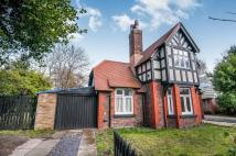 Detached house in Chestnut Avenue, Crosby