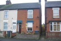 2 bed End of Terrace property in High Road West...
